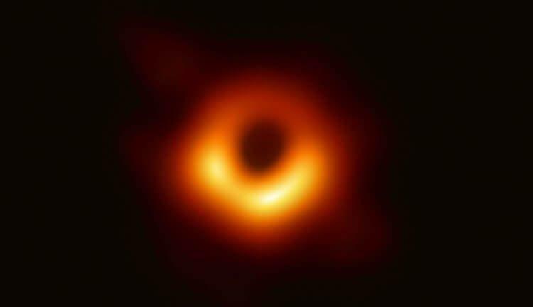 Черная дыра Поэхи (Powehi)
