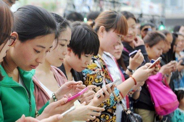 Продажи смартфонов в Китае могут сократиться наполовину из-за эпидемии коронавируса