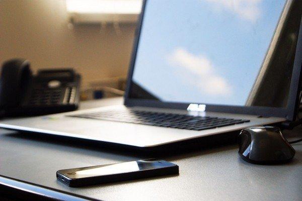 В Минкомсвязи предлагают использовать электронную подпись на портале госуслуг