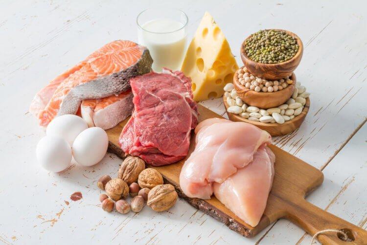 Еда богатая белком